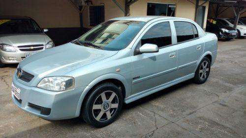manella-veiculos-chevrolet-astra-sedan-advantage