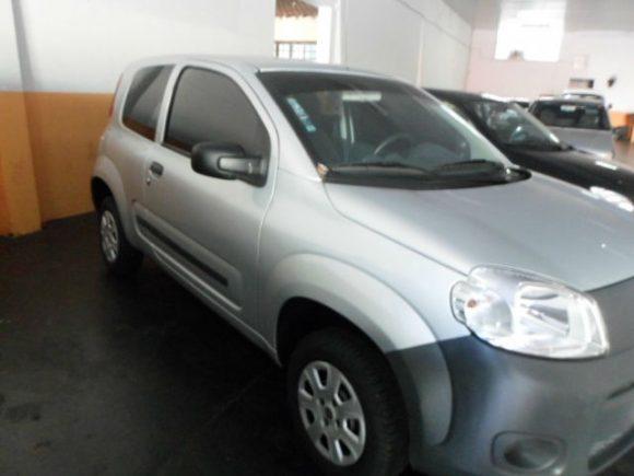 Vende Fiat Uno Evo Vivace 1.0 Flex